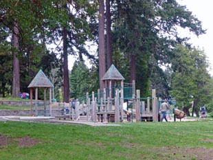 Lincoln Park playground